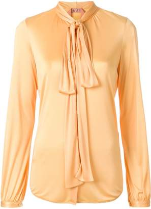 No.21 bow tie blouse