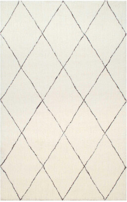 nuLoom Armitra Hand Tufted Synthetic Transitional Rug
