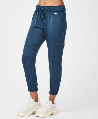 Sweaty Betty Luxe Cargo Satin 7/8 Trousers