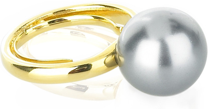 Kenneth Jay Lane Oversized pearl ring