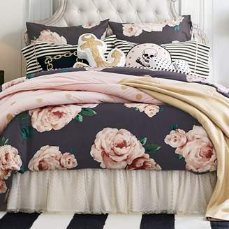 Pottery Barn Teen The Emily &amp Meritt Bed Of Roses Duvet Cover, King, Black/Pink