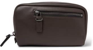 Álvaro González 17 Leather Wash Bag