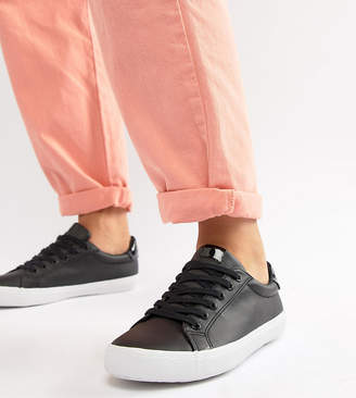 Asos Design DESIGN Wide Fit Dustin lace up sneakers