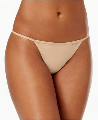 Calvin Klein Sleek Model G-String Thong D3509
