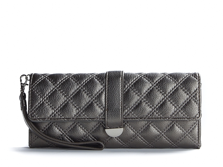 Kelly & Katie Quilted 3 For All Wristlet - Pewter