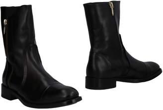 Cesare Paciotti Ankle boots - Item 11505170OC