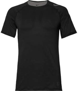 Nike Training Hypercool Printed Dri-Fit T-Shirt