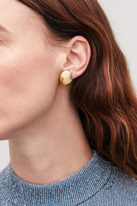 Cos CURVED GOLD-PLATED EARRINGS