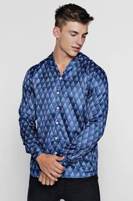 boohoo Gradient Print Long Sleeve Revere Satin Shirt