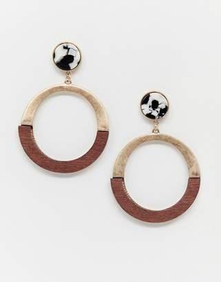 New Look marble and wood hoop earring in brown pattern