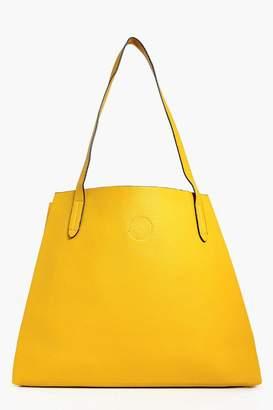 boohoo Victoria Basic Popper Shopper Bag $28 thestylecure.com