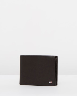 Tommy Hilfiger Eton Credit Card and Coin Pocket Wallet