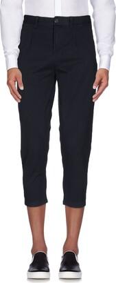 Minimum 3/4-length shorts
