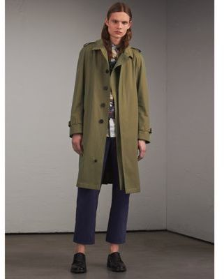 Burberry Oversize Storm Shield Tropical Gabardine Trench Coat $1,995 thestylecure.com