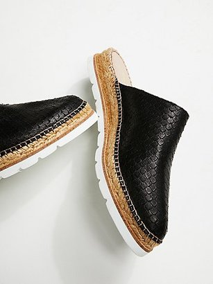 Solstice Espadrille Mule by FP Collection at Free People $128 thestylecure.com