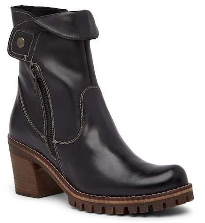 Manas Leather Block Heel Boot