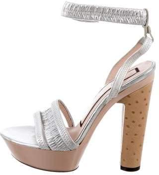 No.21 No. 21 Metallic Platform Sandals