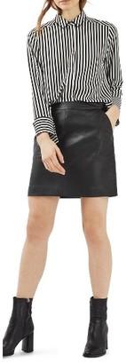Women's Topshop Faux Leather Pencil Skirt $60 thestylecure.com