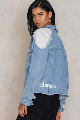 NA-KD Na Kd Messed Around Cold Shoulder Denim Jacket