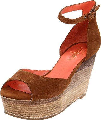Fergie Women's Dietra Wedge Sandal