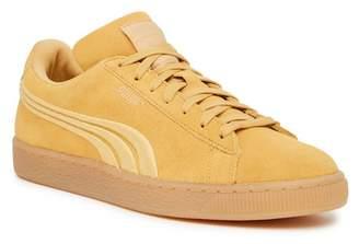 Puma Classic Suede Badge Sneaker
