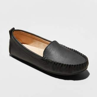 Universal Thread Women's Kirby Faux Leather Moccasin Flat Loafers