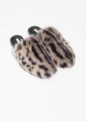 Leo Faux Fur Slippers