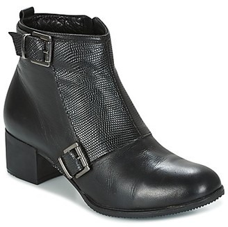 Andrea Conti CASTEL women's Low Ankle Boots in Black
