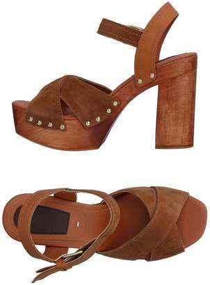 GIOSEPPO Sandals