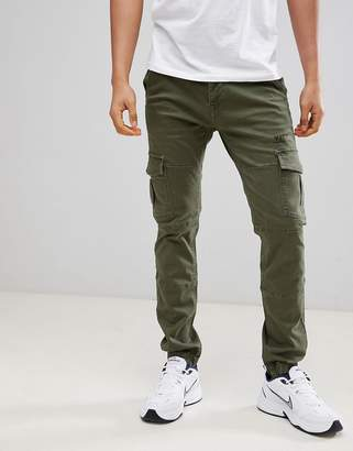 Voi Jeans Cuffed Cargo Pants in Tapered Fit