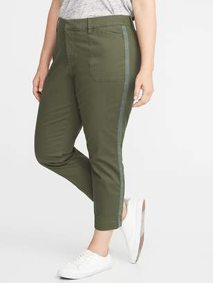Old Navy Mid-Rise Secret-Slim Pockets Plus-Size Pixie Utility Chinos