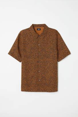 H&M Short-sleeved Lyocell Shirt - Yellow