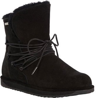 Women's EMU Paxton Sheepskin Boot $169.95 thestylecure.com