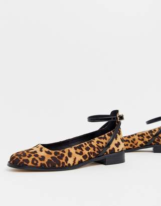 Asos Design DESIGN Molly flat shoes in leopard