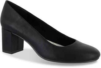 Easy Street Shoes Proper Pump - Women's