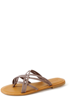 Bamboo Waterfront Sandal $19.99 thestylecure.com