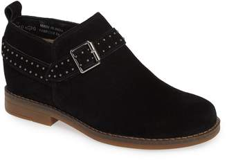 Hush Puppies R) Cayto Studded Belt Bootie