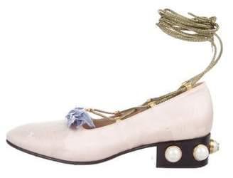 Gucci Taffetas Floral Jacquard Pumps