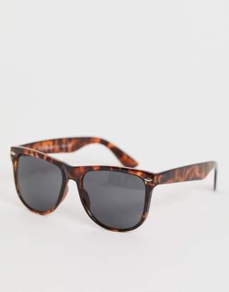 A. J. Morgan Aj Morgan AJ Morgan square frame sunglasses in tort