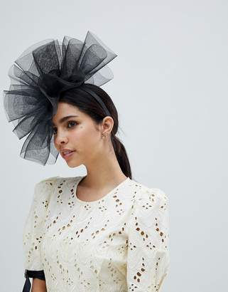 Elégance Fascinator Hat With Netting
