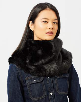 DECJUBA Faux Fur Snood