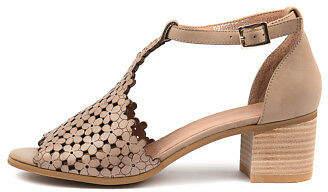 Django & Juliette New Dressie Womens Shoes Dress Sandals Heeled