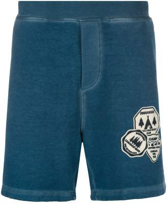 DSQUARED2 badge embroidered jogger shorts