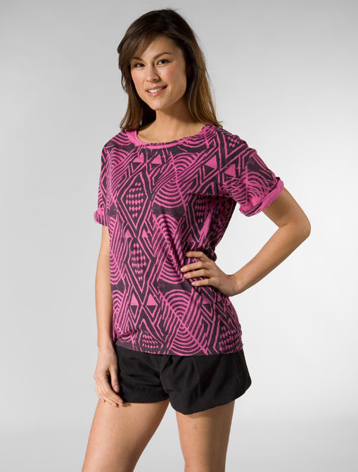 Morphine Generation Africa Short Sleeve Boyfriend Tee in Electric Fuchsia