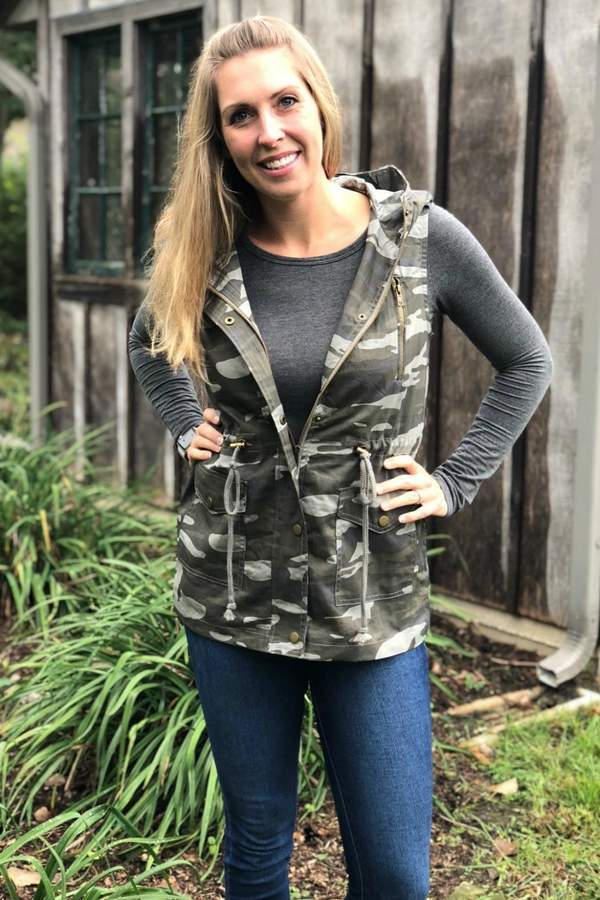 Zenana Outfitters Camo Cargo Vest