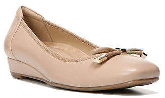 Naturalizer Dove Leather Wedge Pumps