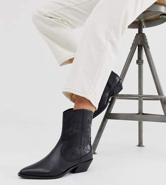 Asos Design DESIGN Wide Fit Autumnal leather cowboy boots in black
