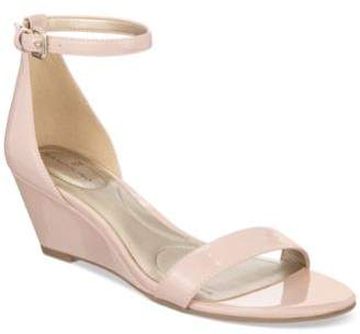 Bandolino Omira Wedge Sandals