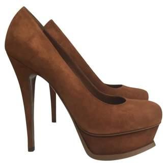 Saint Laurent Tribute heels