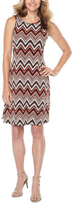 Ronni Nicole Sleeveless Chevron Puff Print Shift Dress